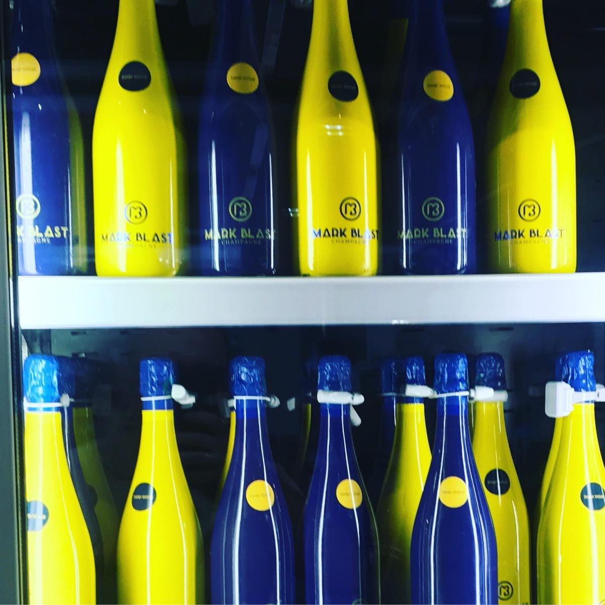 В IKEA завезли шампанское!
